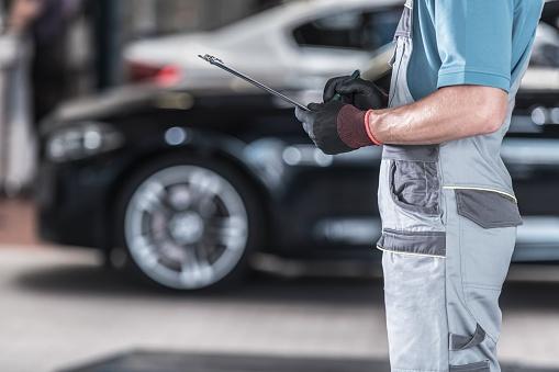 Auto Mechanic - Chevy repair Tigard